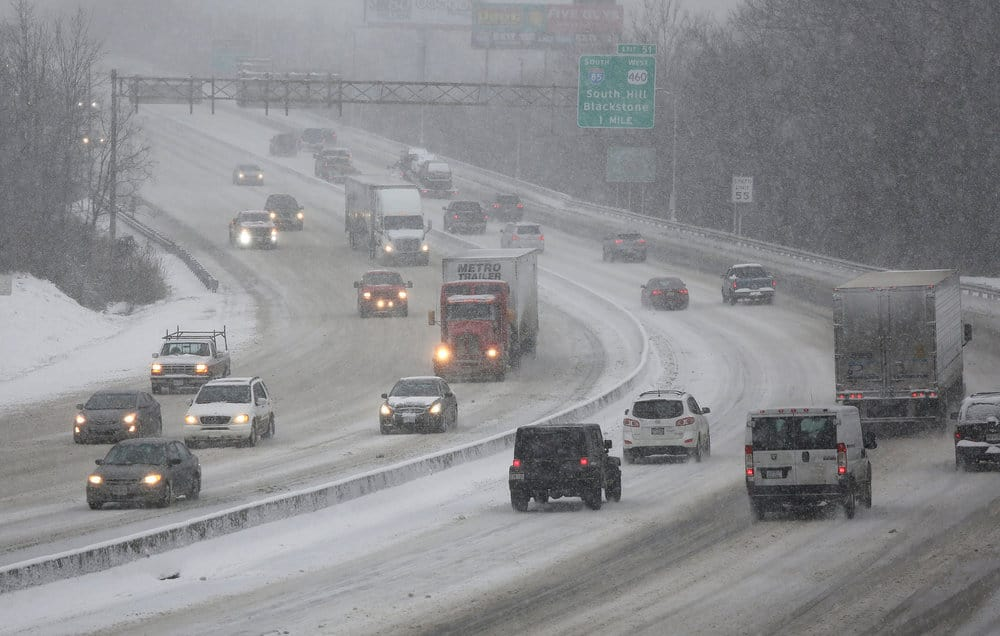 Snowstorms and other weather events can cause slowing traffic, increase congestion, and ultimately delays and/or cancellations in the pickup and delivery of goods. ( Photo: Virginia Dept. of Transportation )