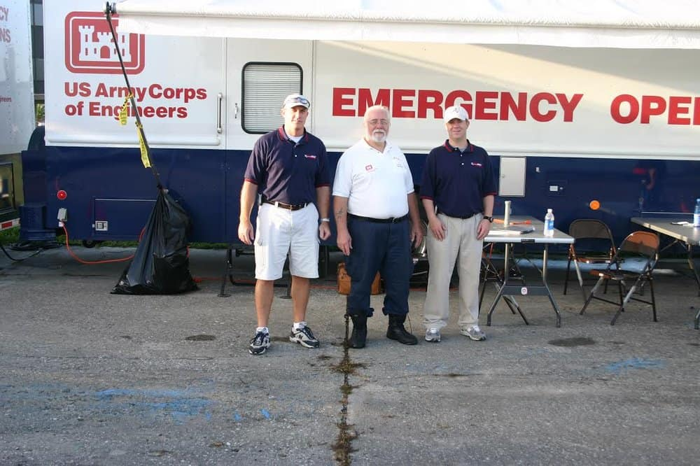 The Xpress Direct ground crew with the US Army Corps of Engineers