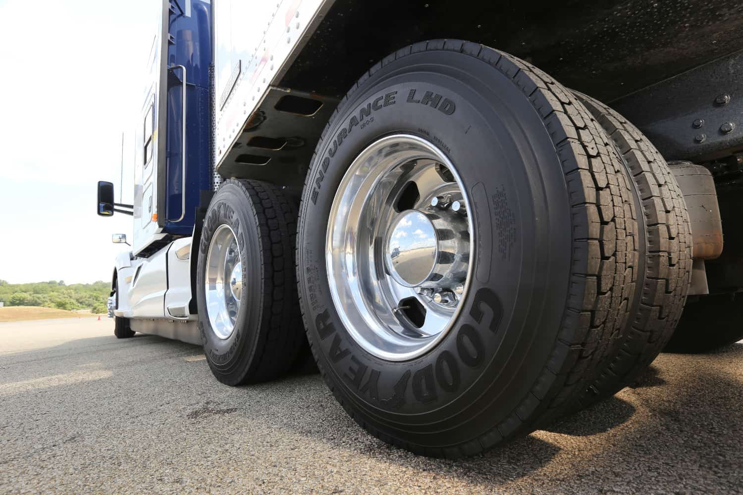 Photo of Goodyear unveils new long-haul drive tire