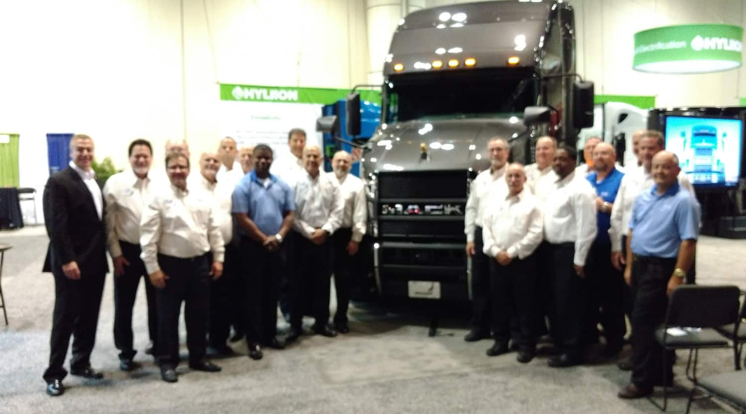 Photo of Mack Trucks renews Share the Road support, donates Mack Anthem model