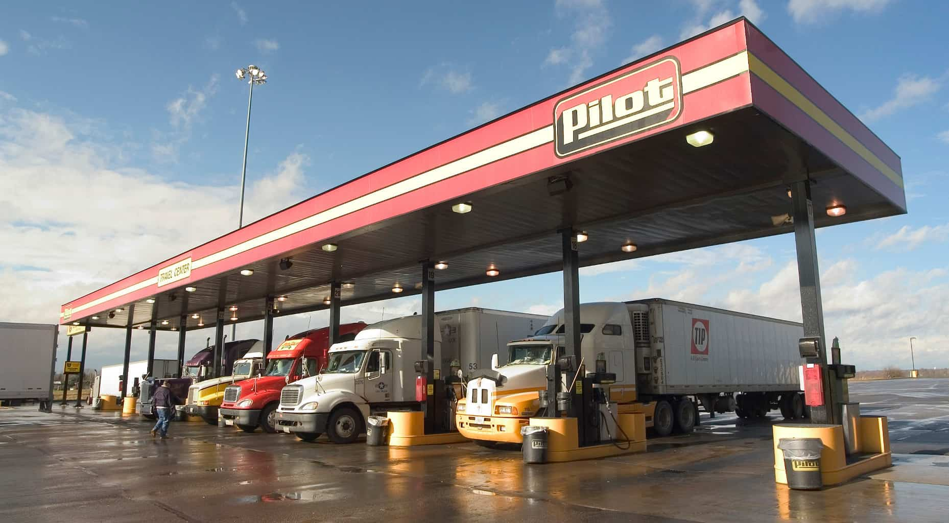 Photo of Is Buffett making the right bet on trucking?