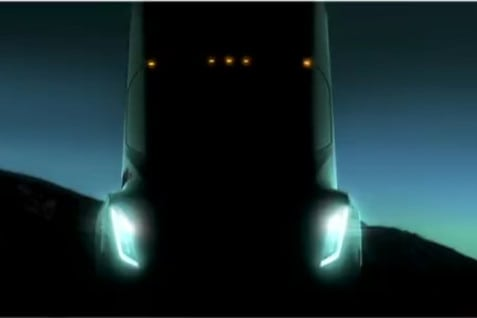 Photo of Today's Pickup: Tesla semi rollout delayed