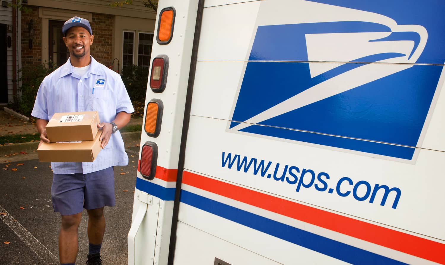 Photo of USPS responds to claims of its handling of late mail