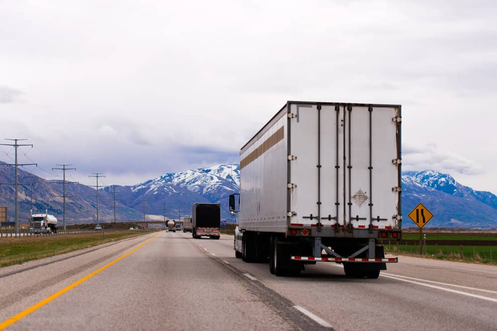 Carriers require different reporting attributes from trailers depending on application, sometimes even within their own fleets, so having flexibility in a tracking solution is important. ( Photo: Shutterstock )
