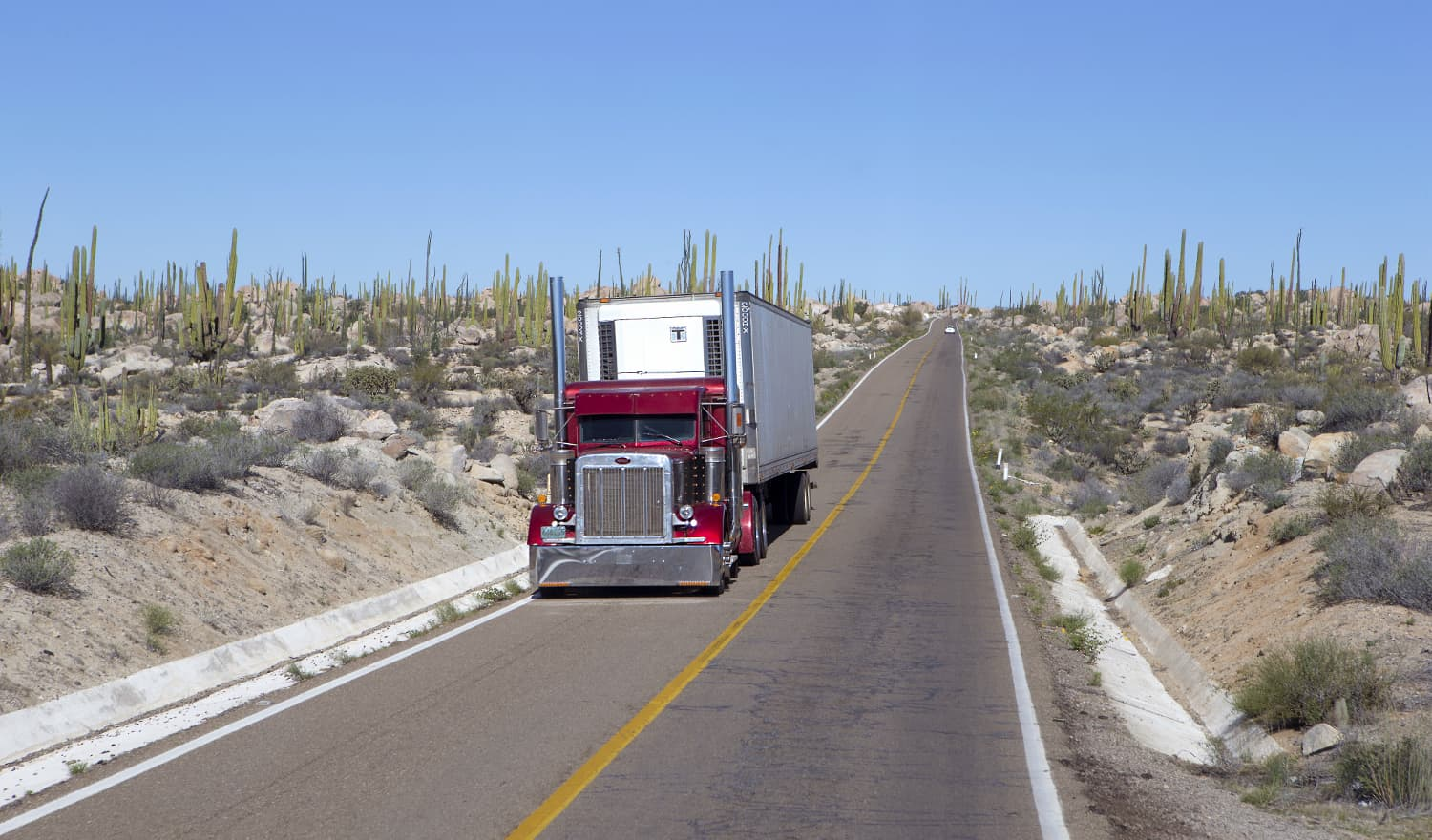 Photo of United States looks to block Mexican trucks in any NAFTA deal
