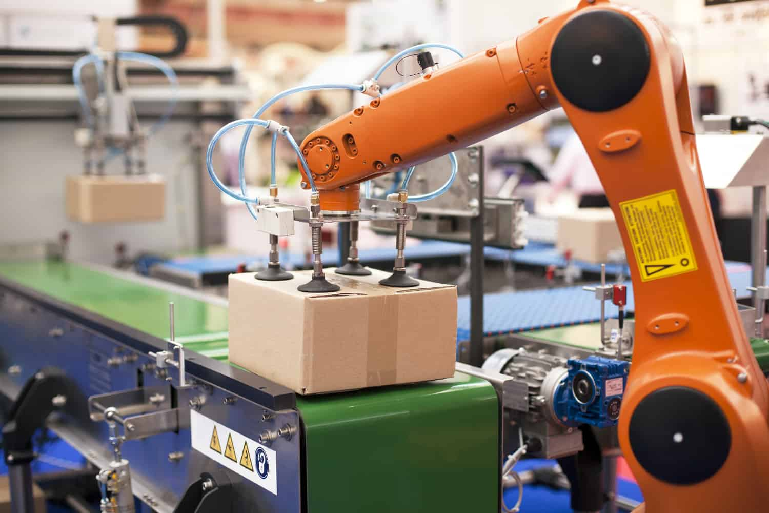 Collaborative robotics is coming to a DC near you - FreightWaves