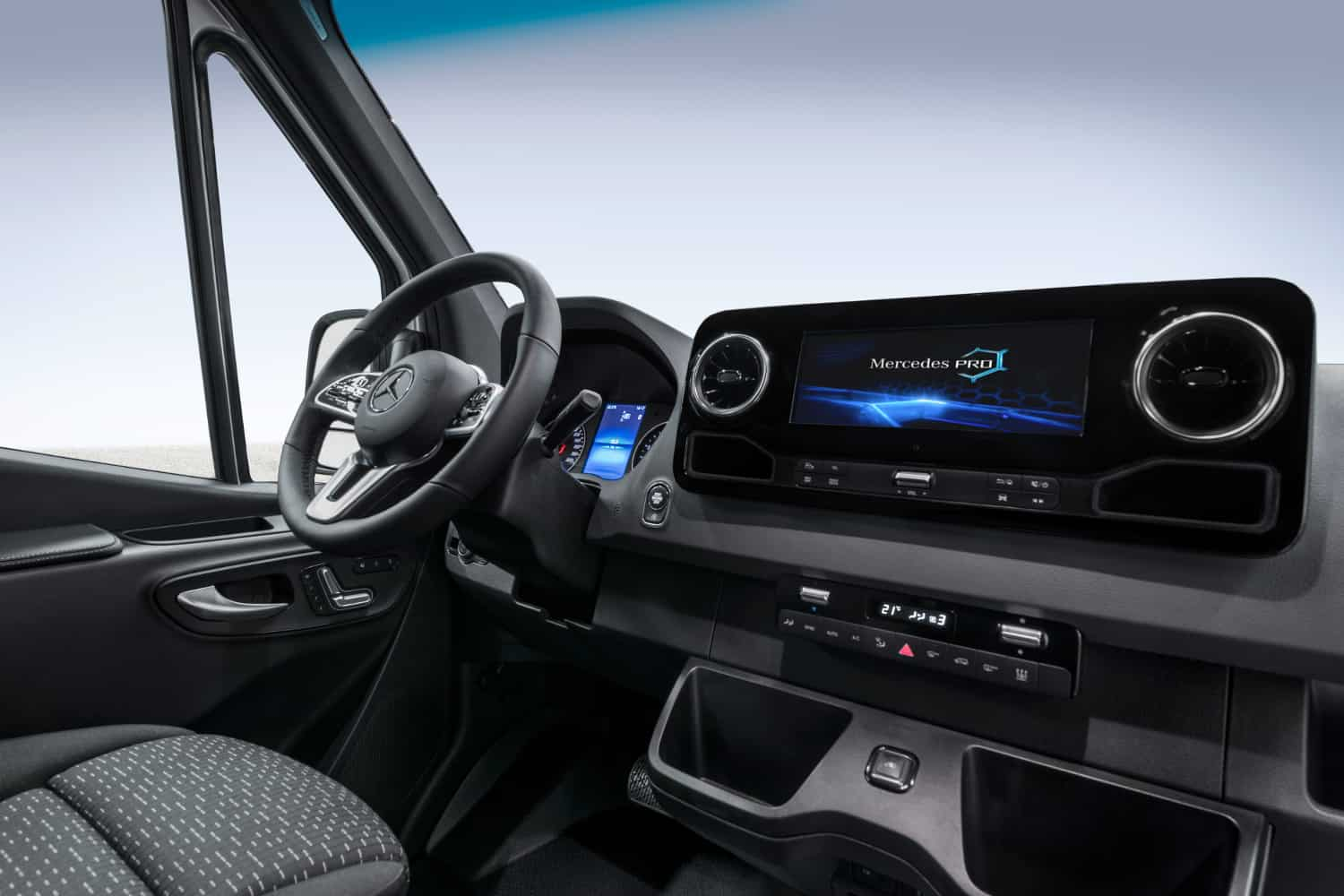 Photo of Today's Pickup: Third-generation Sprinter leverages IoT