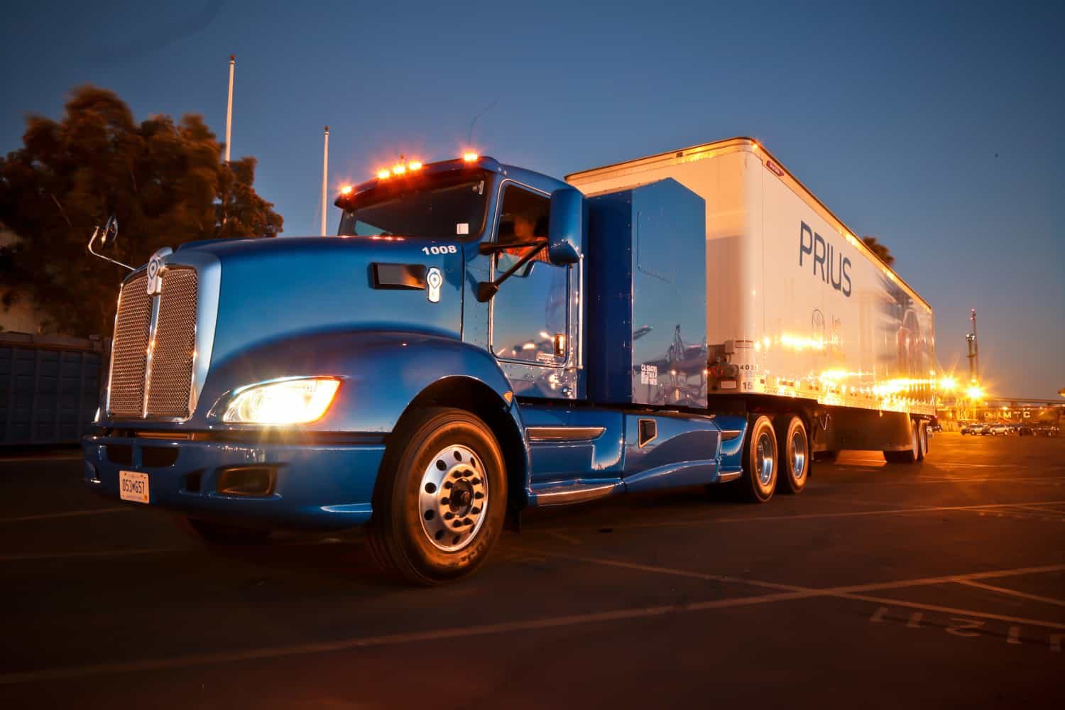 Photo of Today's Pickup: Toyota plant to produce hydrogen fuel for truck project