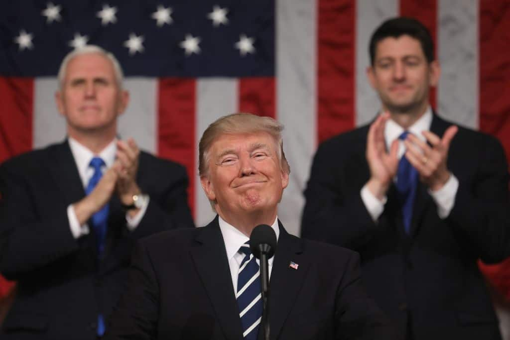 Photo of Trump ups ante on infrastructure to $1.5T in SOTU