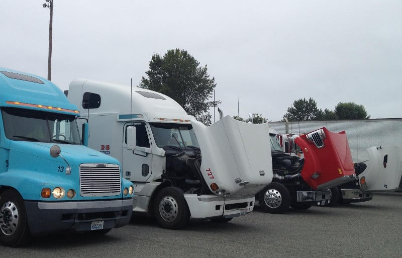 Photo of Truckers protest Northwest Seaport Alliance plan to phase out older trucks