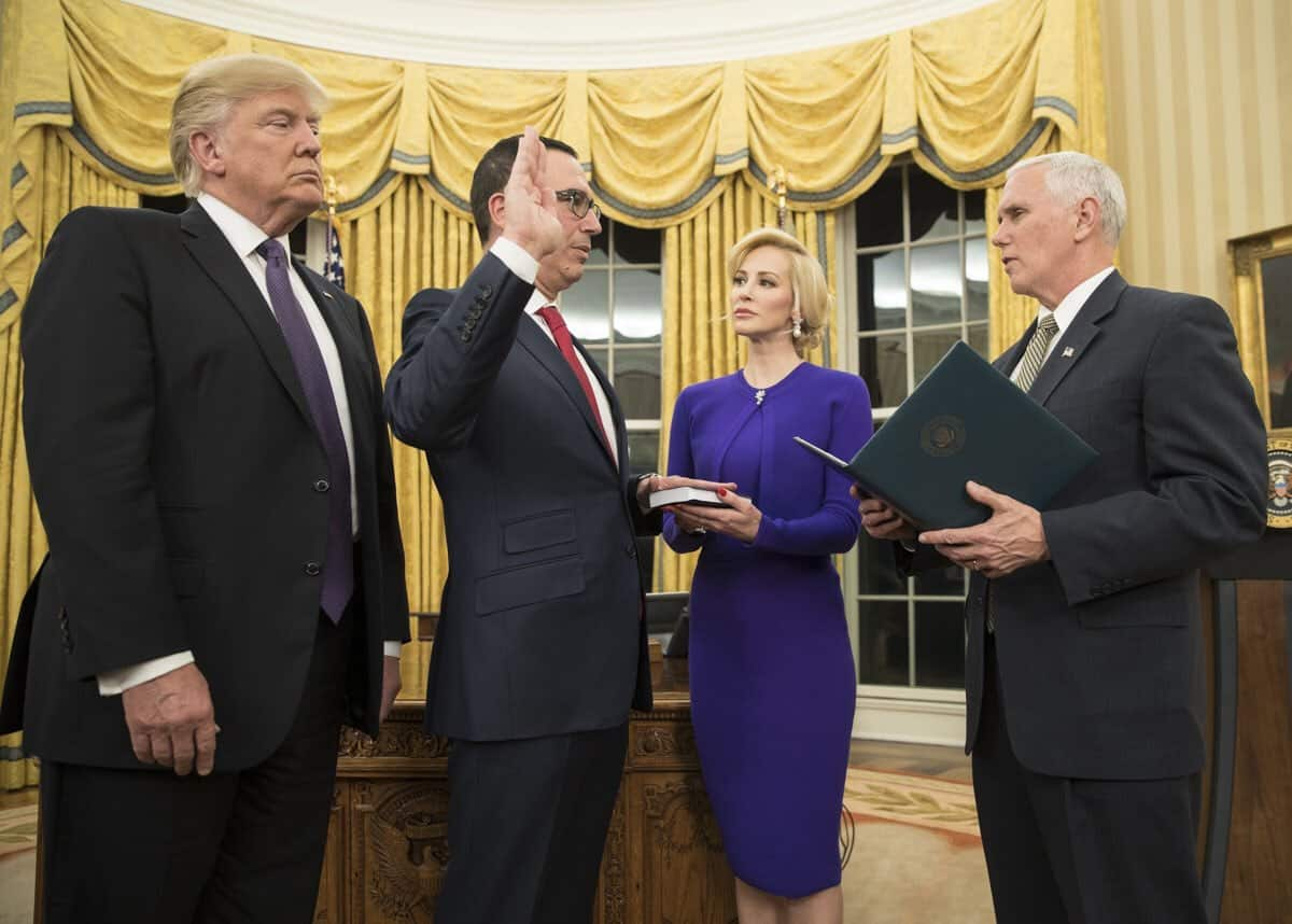 Photo of Sec. Mnuchin is trying to defuse trade tensions