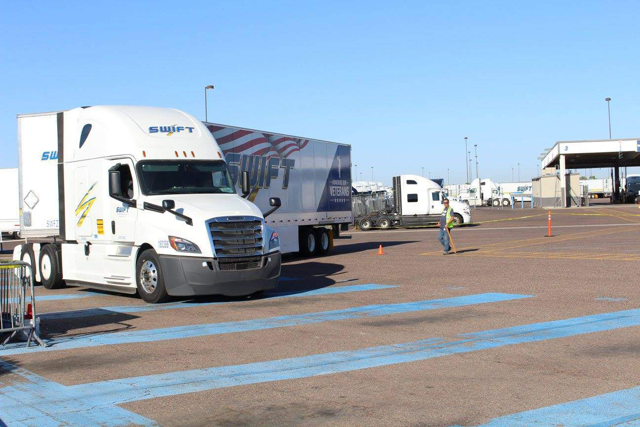 Photo of Knight-Swift Transportation misses earnings mark with lagging refrigerated segment