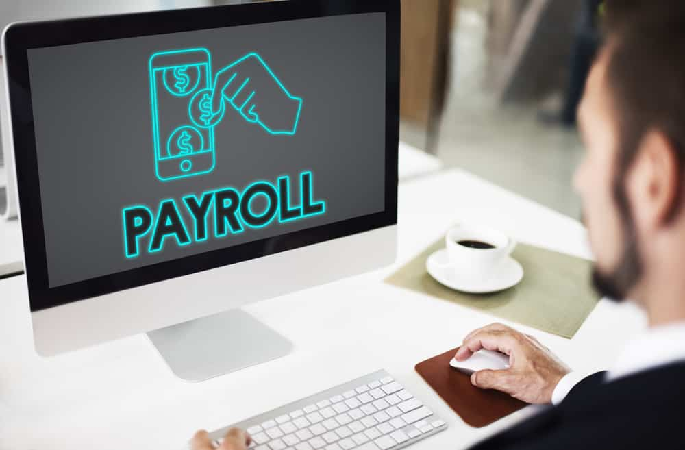 Photo of Paying your employees: Finding the right online option to payroll