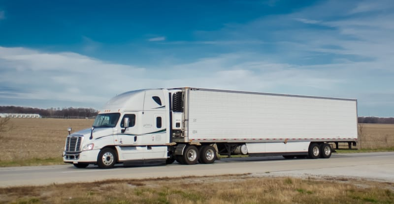 Photo of Tariffs not enough to derail trucking economy