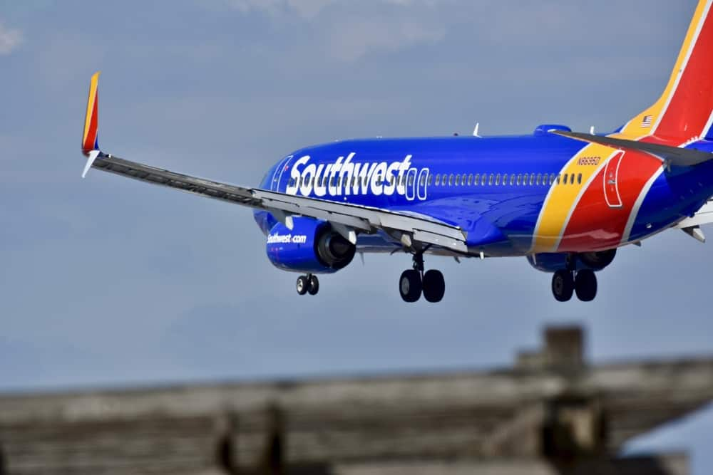 Photo of Will Berkshire Hathaway buy Southwest Airlines? Morgan Stanley analysts weigh in.