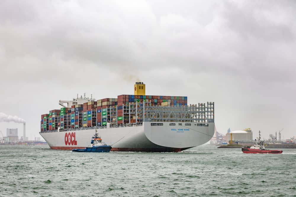 Photo of OOCL plans rapid growth to 1M TEU capacity; Maersk slashes guidance