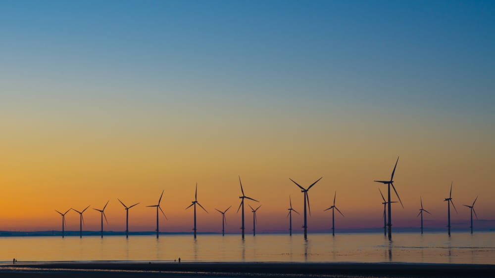 Photo of Offshore wind power stations on the East Coast would bring in 25,000 jobs