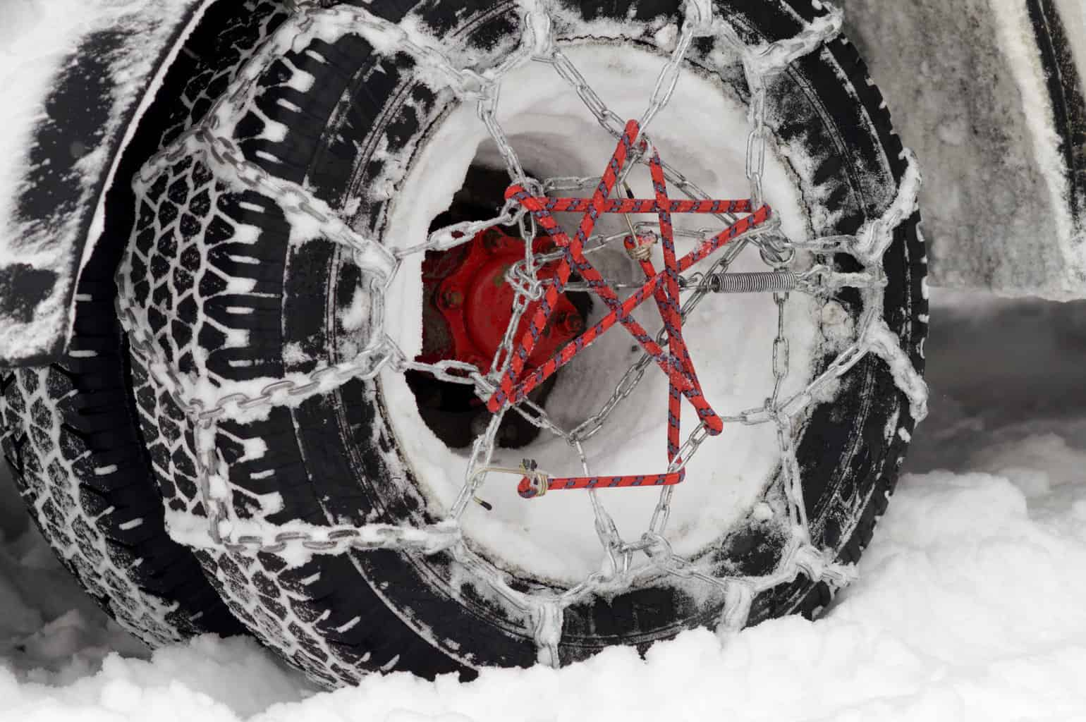 Photo of Colorado's chain law in full effect: more snow in the Rockies this weekend