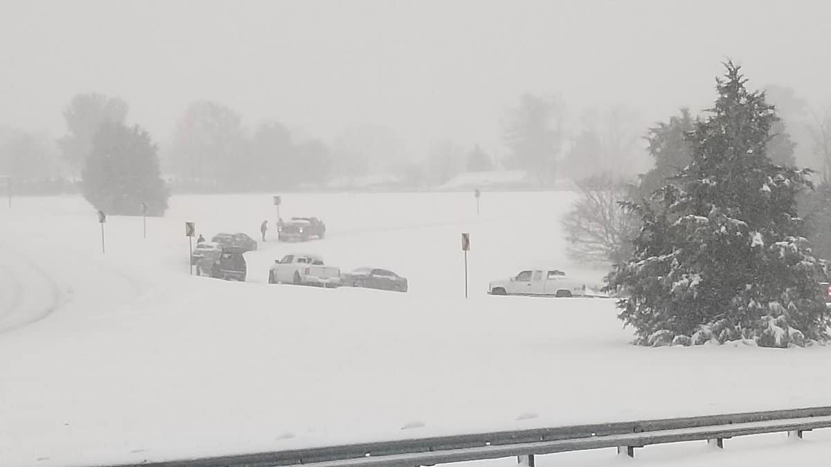 Photo of Trucker dies during Winter Storm Diego: impact on travel continues