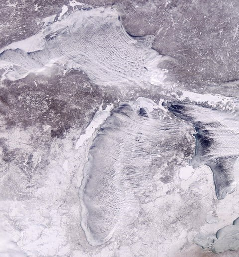 Ice on Lake Michigan ( Satellite Image: National Weather Service )