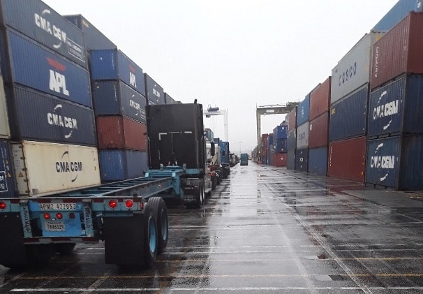 Photo of Port Report: Containership company sees 'vicious cycle' playing out in port congestion