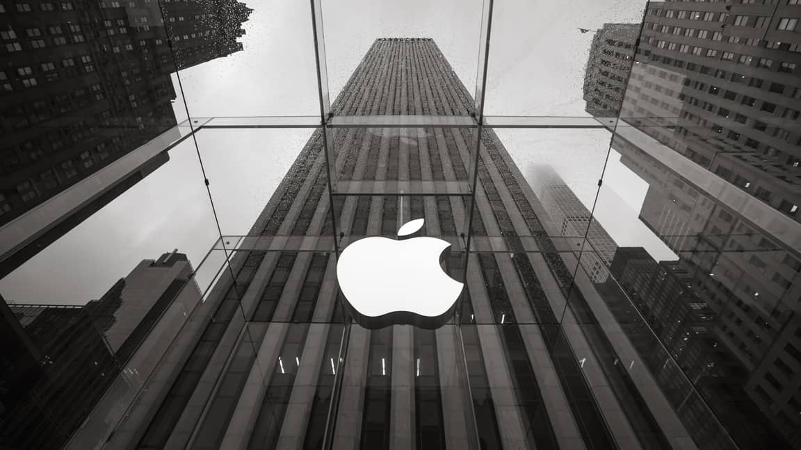 Photo of Apple lowers revenue expectations as China's market slows