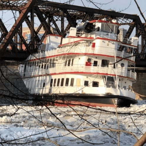 Photo of Ice jams cause flooding, chaos amid arctic outbreak