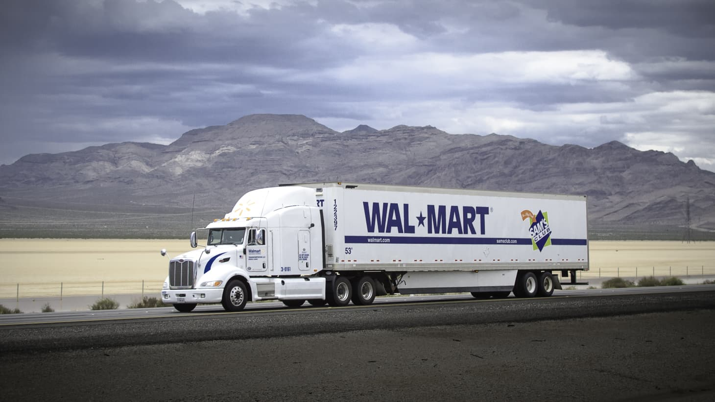 Photo of Today's Pickup: Walmart's wage hike would see truckers earn $87,500 on average