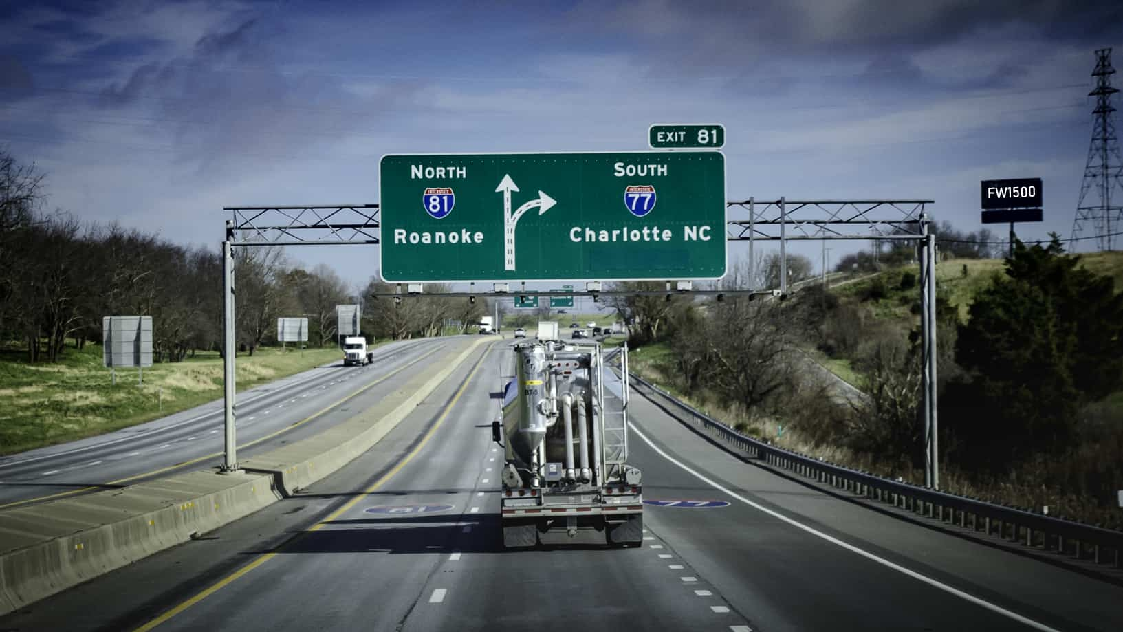 Photo of Virginia's governor, with bipartisan backing, supports tolls for Interstate 81