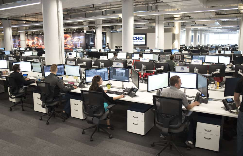 Echo's brokerage floor in Chicago. ( Photo: Echo Global Logistics )