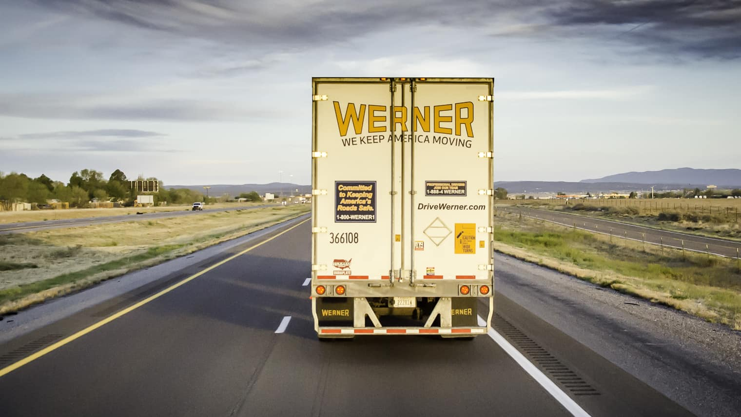 Photo of Werner posts strong Q4 earnings, hosts first-ever call