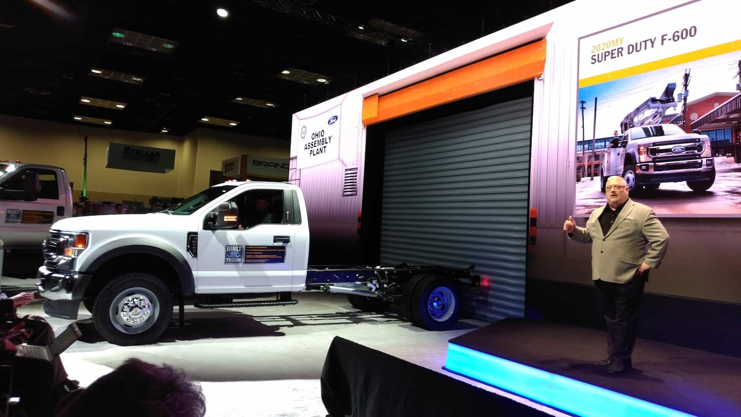 Photo of Ford introduces F-600 truck, updates F-650, 750 and Transit models