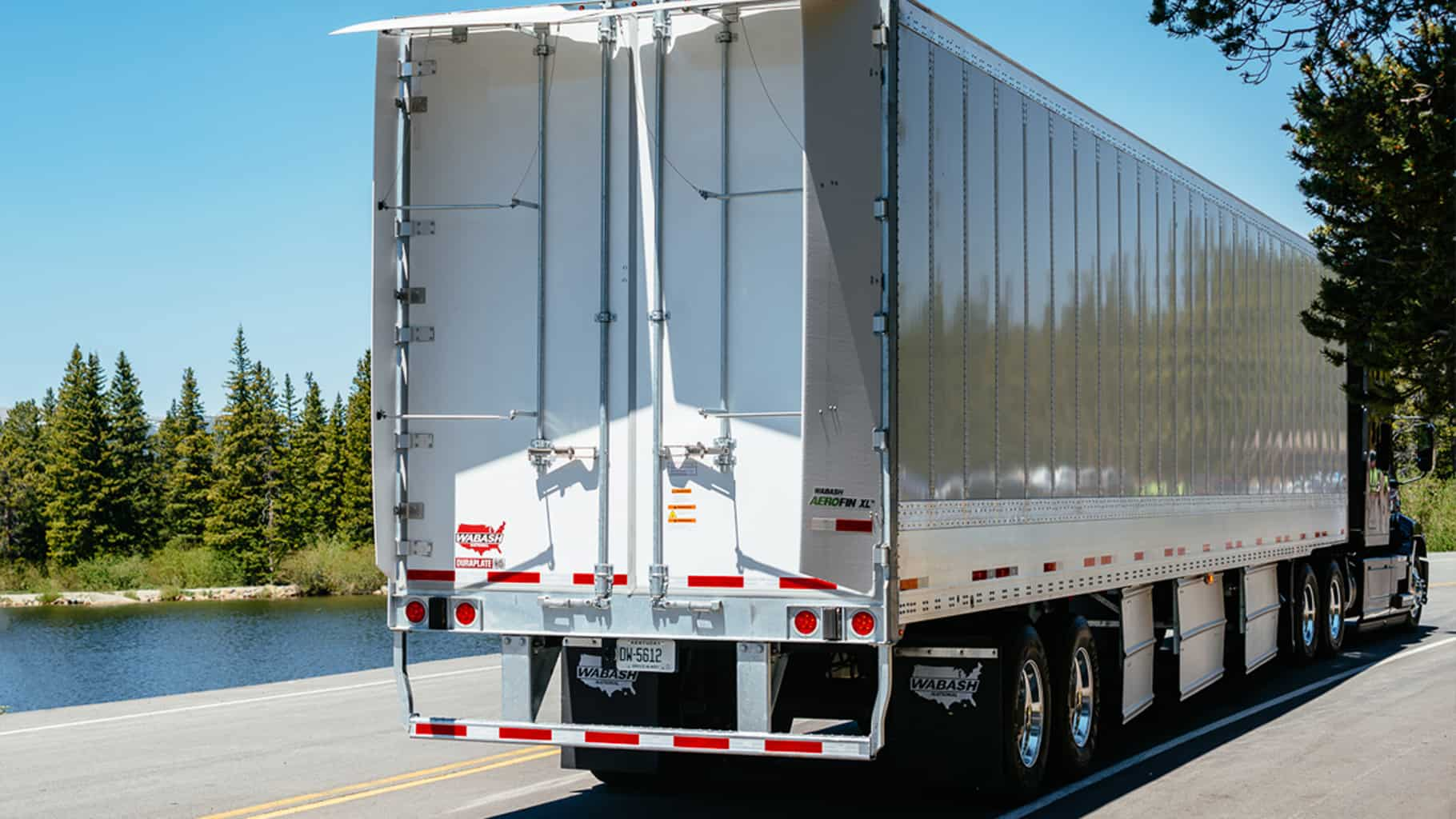 Photo of Truck trailer orders down again in February, but analysts predict another record year