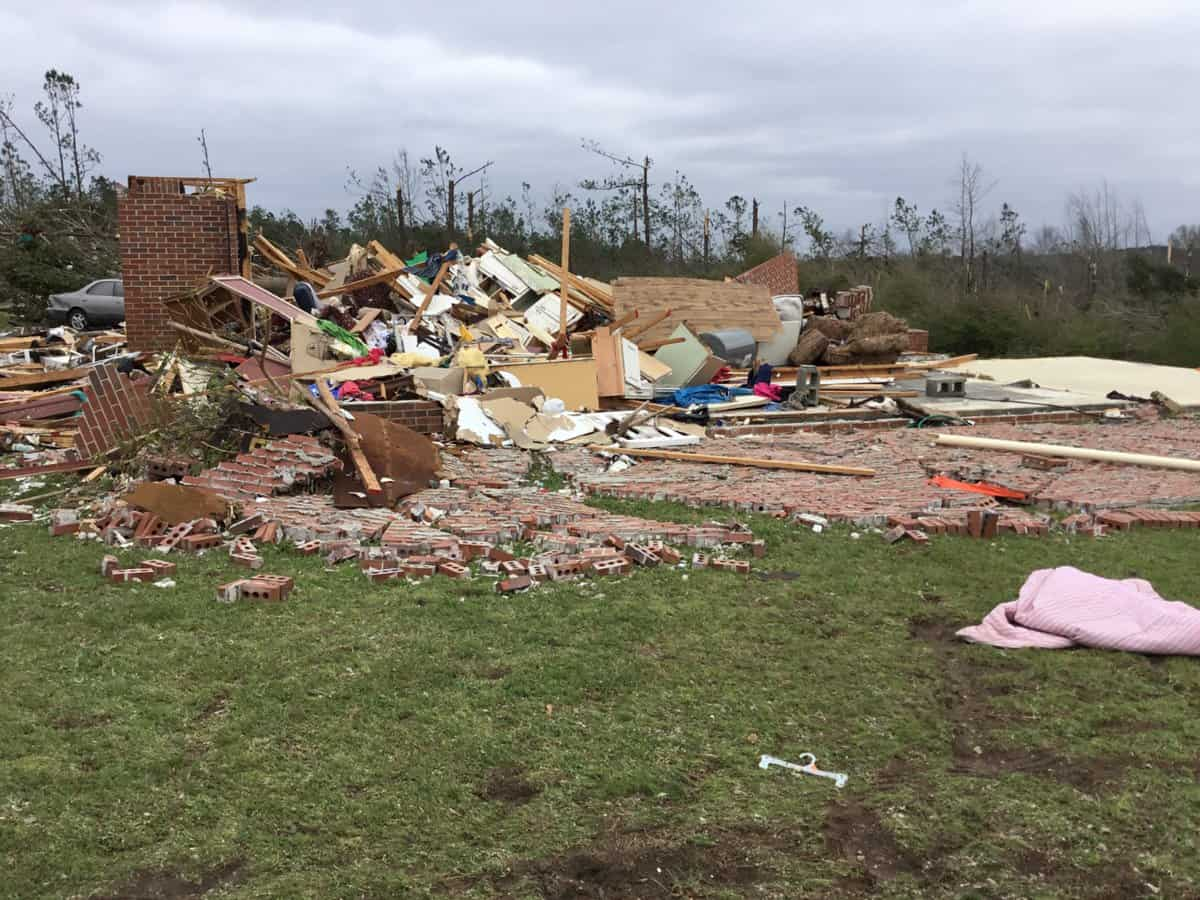 Photo of Killer tornado strikes small Alabama community over the weekend