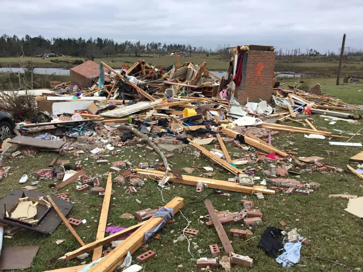 Photo of Deadly Alabama tornado rated EF-4 with 170-mph winds