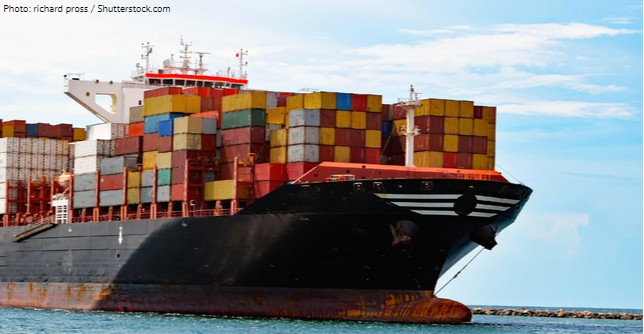 4_8_containership