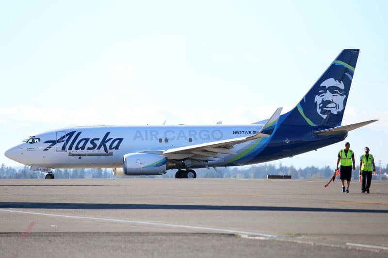 Photo of Alaska Airlines' air cargo unit grows with the airline