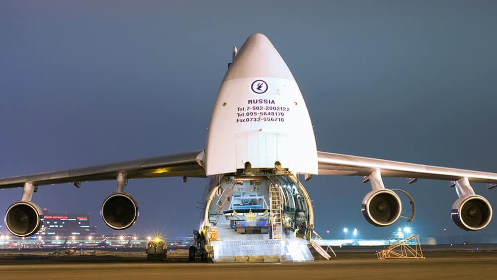 Antonov AN-124 Loading using Ramp. photo courtesy of: Flickr/Alexsander Markin