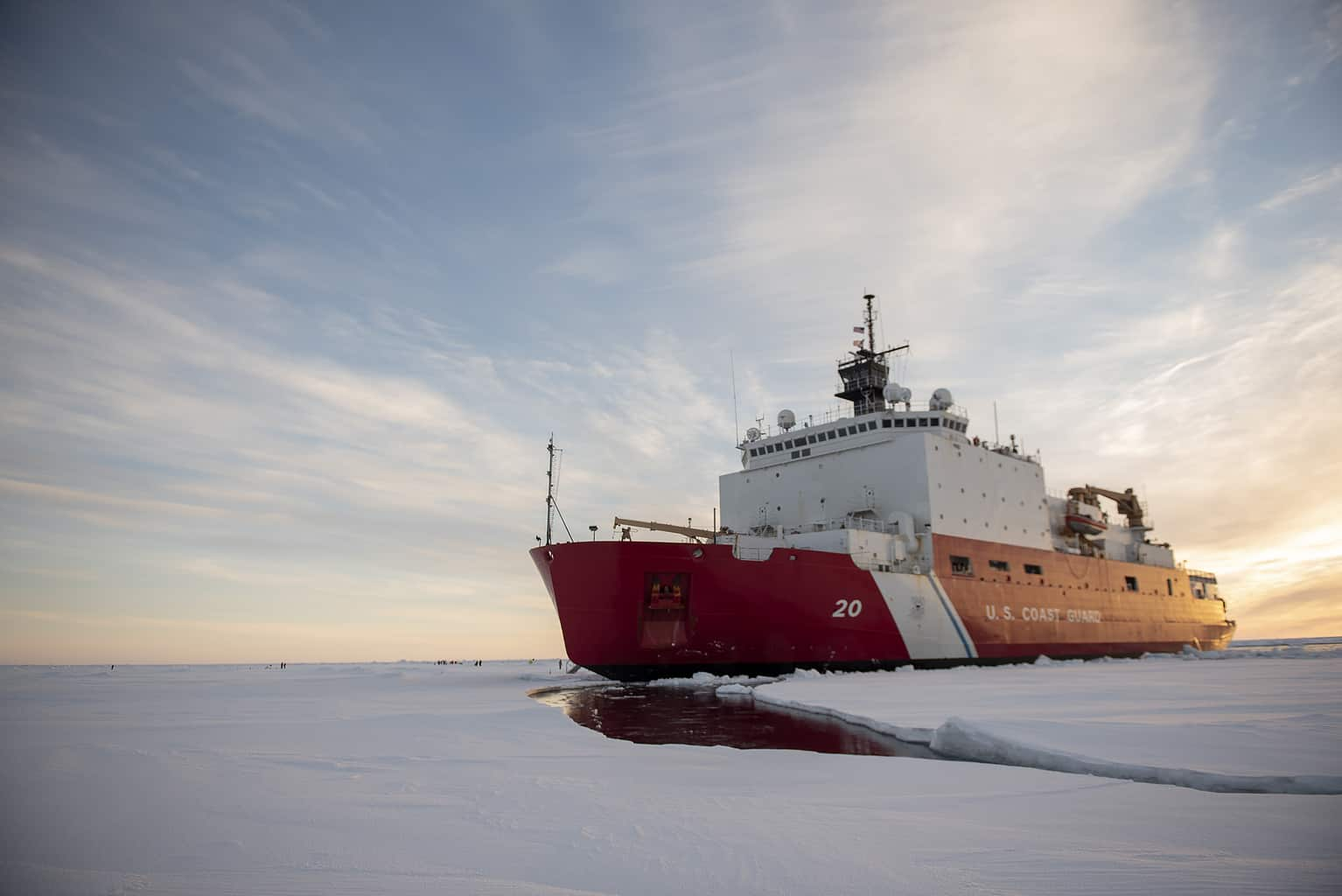 Photo of U.S. regulator wants more influence over Arctic shipping