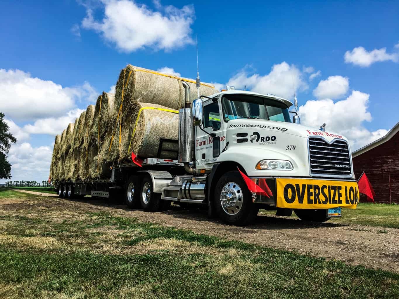 Photo of Today's Pickup: Truckers step up with hay deliveries for Midwest farmers
