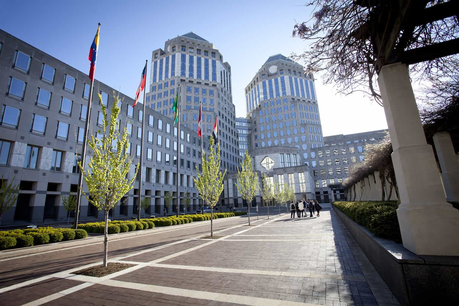 Photo of Procter & Gamble issues soft outlook after beating analyst estimates