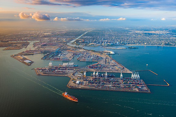 Photo of Port Report: Outlook for trans-Pacific shipping rates is meh as imports expected to slow