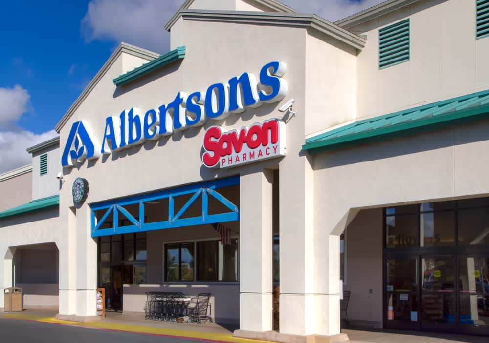 Photo of Albertsons Companies partners with IBM Food Trust network to use blockchain for food supply chain traceability