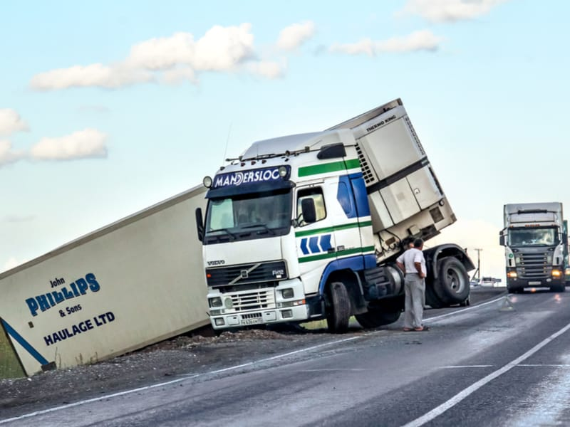 Photo of Down Under Trucking: spate of horror crashes; law reform; commercial truck sales