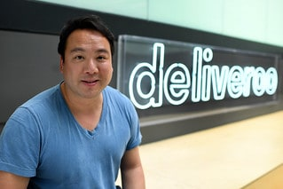 Photo of Amazon leads $575 million funding round for U.K. food deliverer Deliveroo
