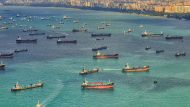 Photo of Robbers board vessel underway off Singapore