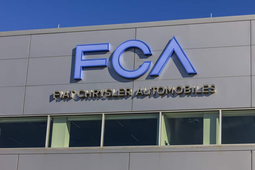 Fiat Chrysler proposes merger with Renault to form third-largest auto manufacturer (Photo: Shutterstock)