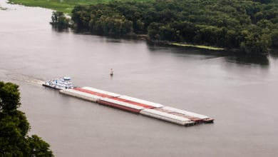 Photo of Flooding continues to disrupt barge traffic in U.S.