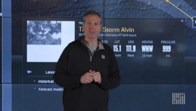 Photo of Wildfire risk ongoing, Pacific storm forms (forecast video)