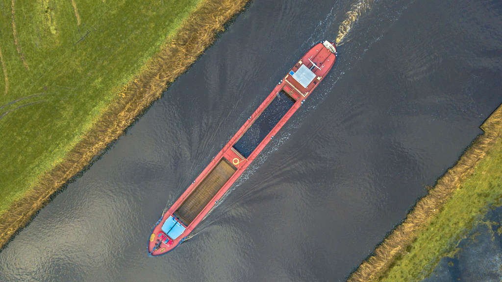 The Dutch inland waterways network is reinventing itself to stay ahead of times (Photo: Shutterstock)